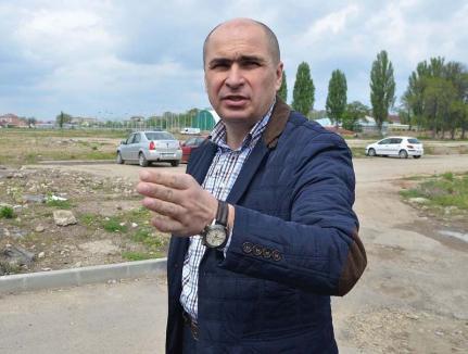 Retrospectiva săptămânii prin ochii lui Bihorel: De ce a evitat Bolovan să se întâlnească cu orădenii cărora le demolează casele