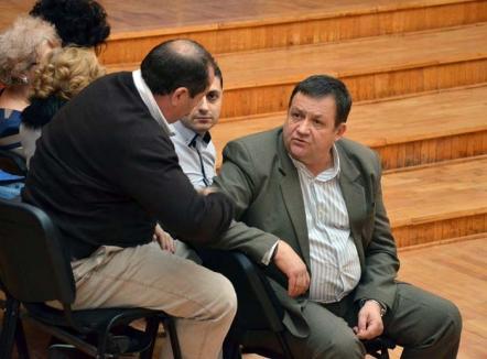 Cabai pe făraş: Directorul tehnic al societăţii Termoficare, Mihai Cabai, şi-a pierdut funcţia