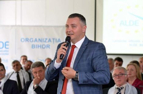 Triunghiul amoros: Politicianul Dorin Corcheş, demascat că a 'întors' o mireasă de la altar