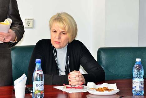 Picată şi ruşinată: Luciana Dorca s-a făcut de ruşine de două ori la concursul pentru şefia CAS Bihor