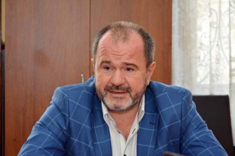 Maghiar contra Sorbonica: Decanul Facultăţii de Medicină din Oradea vrea reduceri de şefi în Universitate