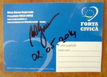Vedeta MRU: La Oradea, fostul premier a împărţit autografe fără ca acestea să-i fie cerute