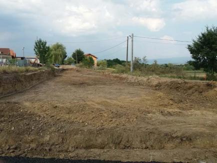 Dorel de Pocola: Localnicii din Feneriş au rămas fără acces pe şosea în satul lor
