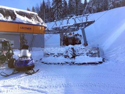 Hârtop de Vârtop: Turiştii care au vrut să schieze pe 'Piatra Grăitoare', lăsaţi fără pârtie