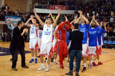 CSM Oradea a învins liderul clasamentului la baschet (FOTO)