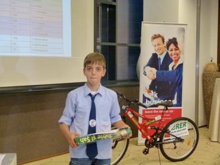 RER Ecologic Service susţine copiii isteţi (FOTO)