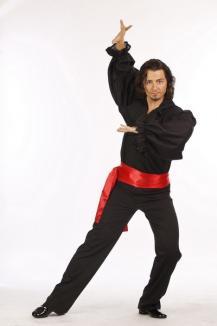 """Dansatori pentru părinţi: Orădenii de la """"Dansez pentru tine"""" luptă alături de cele mai sexy vedete (FOTO)"""