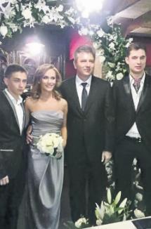 Gabi Firea şi primarul Pandele s-au căsătorit