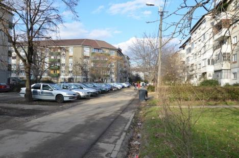 Sens giratoriu în faţa Bisericii Sfântul Andrei: Aleea din strada Dobreştilor va fi acces auto cu ieşire în strada Aluminei (FOTO)