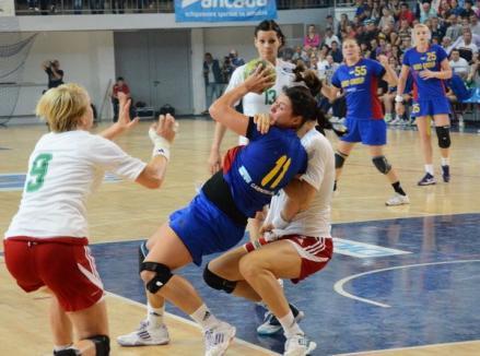 Prima echipă a României a învins Ungaria şi şi-a adjudecat Trofeul Carpaţi de handbal feminin de la Oradea (FOTO)