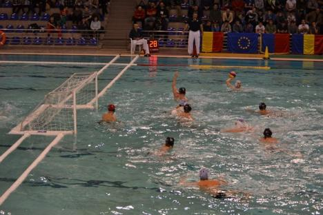 Poloiştii orădeni au învins Spandau Berlin cu 11-7, după ce au dominat clar în primele trei sferturi (FOTO)