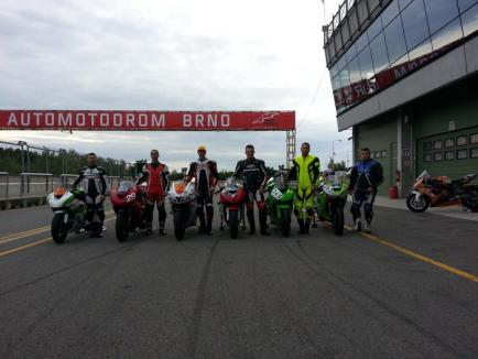 Două clasări pe podium pentru motocicliştii orădeni în Cehia