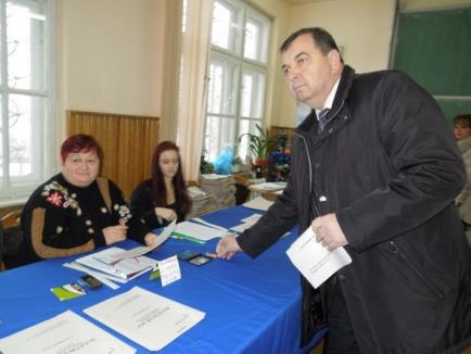 """Ghilea la vot: """"Drumurile din judeţ sunt impracticabile, va fi greu de venit la vot""""  (FOTO)"""
