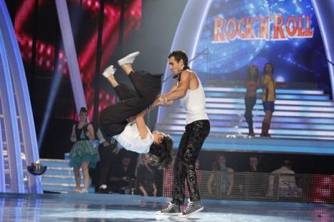 Dansez pentru tine: Carol Şoldea şi Bianca Drăguşanu au ajuns la duel (FOTO)