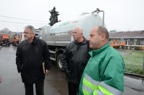 RER a pregătit 30 de utilaje de intervenţie anti-zăpadă (FOTO)