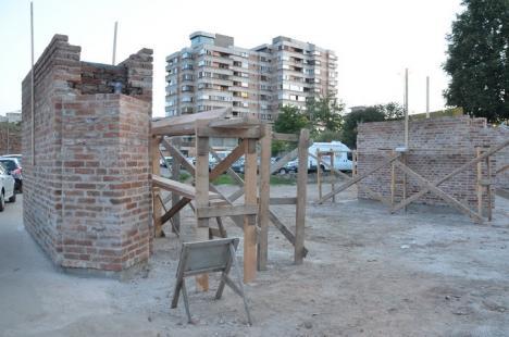 Puntea Cetăţii: Intrarea în Cetate se va face pe un pod construit pe modelul celui ridicat în secolul XVIII, la poarta estică (FOTO)