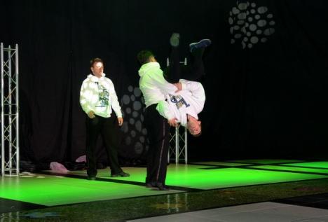 Auto Bara a adus la Oradea noua generaţie de Dacii, 3D, prin... magie (FOTO)