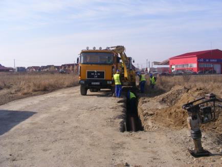 Au început lucrările de apă şi canalizare în Cartierul Grigorescu (FOTO)