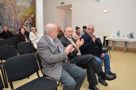 Fostul decan de la Medicină, Mircea Ifrim, şi-a lansat autobiografia şi la Oradea (FOTO)