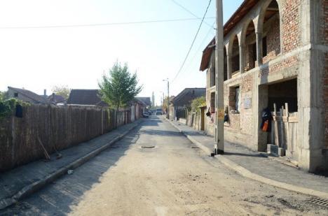 Primăria modernizează 12 străzi din cartierul Tokai, care nu au fost asfaltate niciodată (FOTO)
