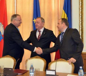 Liderii locali ai PSD şi ACD au semnat protocolul de constituire a USL în Bihor (FOTO)