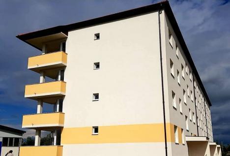 36 de locuinţe ANL au fost recepţionate în Beiuş. Vor fi date în chirie tinerilor