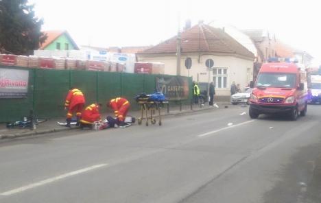 Un echipaj SMURD în misiune a lovit un biciclist octogenar (FOTO)