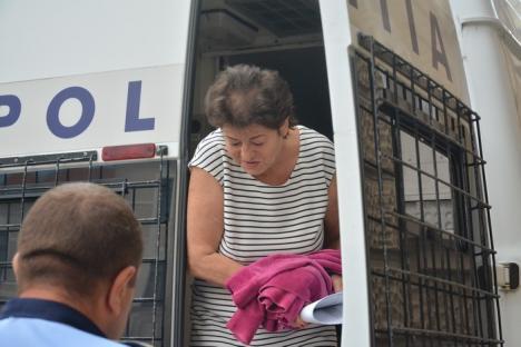 Fosta adjunctă a şefului Finanţelor Bihor, Adriana Sime, condamnată cu suspendare pentru o mită și achitată pentru alte patru!