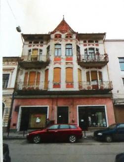 Intră în lucru: Primăria Oradea a semnat contractele pentru reabilitarea faţadelor a trei clădiri din centrul istoric (FOTO)