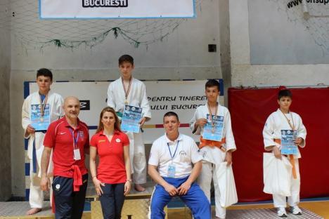 """Copiii orădeni au obţinut cinci clasări pe podium la Turneul de Judo """"Alina Dumitru"""" de la Bucureşti"""