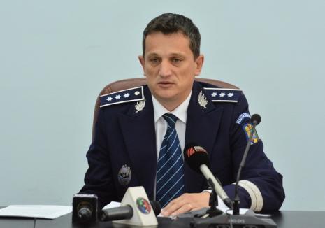 Şeful Poliţiei Bihor, Alin Haniş: 'Eficienţa a două pistoale cu laser este egală cu cea a 10 radare fixe. Avem deja 5, care vor fi folosite zi şi noapte'
