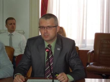 """Şeful Inspectoratului Şcolar: Bihorul a avut rezultate bune la evaluarea naţională şi la Bac, iar """"anul viitor vrem să depăşim media naţională"""""""