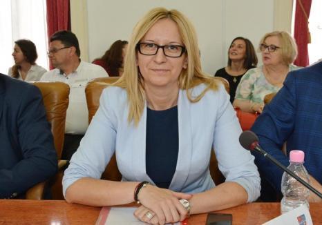 Retrospectiva săptămânii prin ochii lui Bihorel: Fosta şefă de la PSD îşi explică încurcăturile cu Ianoş