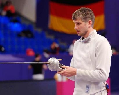 Orădeanul Andrei Timoce, medaliat cu bronz și argint la CN de Spadă, de la Satu Mare