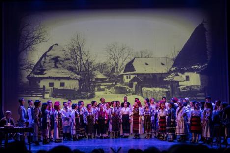 """Ioan Bocșa și grupul """"Icoane"""": concert de colinde pentru orădeni"""