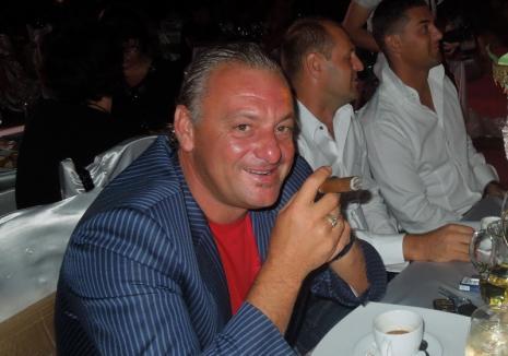 Fugit în Ungaria, afaceristul orădean Rácz Attila a fost condamnat din nou, la 5 ani de închisoare! Fostul şef al Fiscului, Sorin Blejnar, achitat