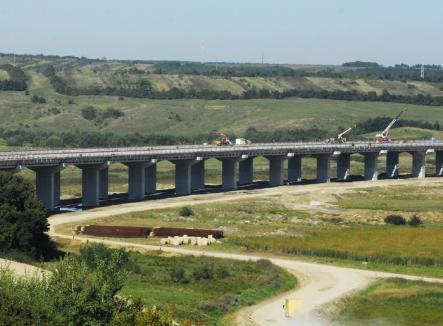 CNADNR a lansat licitaţia pentru proiectarea şi execuţia Autostrăzii între Borş şi Suplac