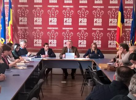 În timp ce candidatul lor la Primărie rămâne o enigmă, PSD-iştii mizează pe Mang la preşedinţia Consiliului Judeţean Bihor