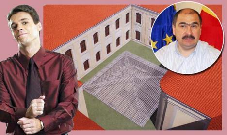 """Mircea Badea a luat la mişto """"piramida lui Bolojan"""""""