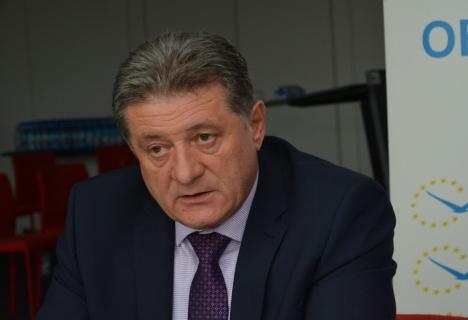 """Surpriză: Octavian Bara a trecut de la ALDE la Pro România şi cere demisia lui Dragnea şi Tăriceanu, """"devoratorii de alianţe"""""""