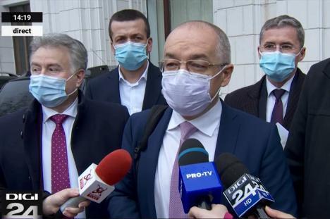 Primari din ţară, inclusiv cel al Oradiei, s-au întâlnit cu ministrul de Finanţe, care le-a promis bani pentru centrele de vaccinare