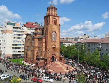 Sfinţirea Bisericii Sfântul Apostol Andrei va bloca duminică traficul rutier în zonă