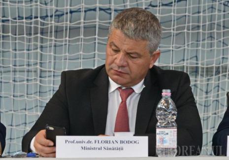 """Senatorul orădean Florian Bodog, iniţiativă pentru păstrarea """"dinozaurilor"""" şefi de secţii din spitale"""