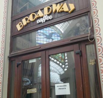 Astă seară dansăm în familie! Localul Broadway din Pasaj face chefuri, deşi Poliţia Locală i-a suspendat activitatea