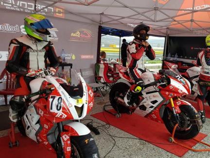 Orădenii de la CarCover Racing Team dețin supremația în Campionatul de Motociclism Viteză RoSbk!