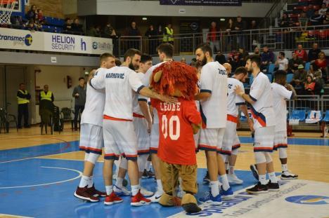 Victorie la 20 de puncte: CSM Oradea a câştigat primul meci cu Steaua Bucureşti, în sferturile de finală ale Cupei României (FOTO)