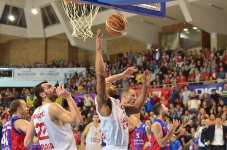 Baschetbaliştii orădeni se pregătesc pentru duelul de luni cu Steaua EximBank