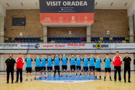 Debut victorios pentru handbaliştii de la CSM la turneul Diviziei A de la Turda
