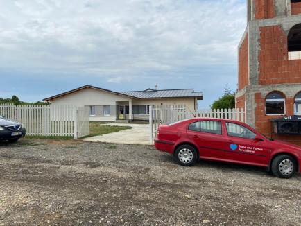 DGASPC Bihor desființează orfelinatele-mamut! Copiii din Centrul de Plasament nr. 2 Oradea au fost mutați în case familiale la Oșorhei și Paleu (FOTO)
