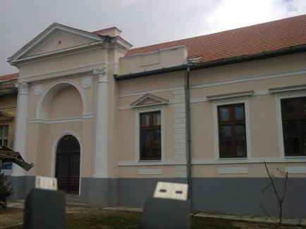 Renovat cu fonduri europene, Castelul Zichy de la Diosig a fost inaugurat (FOTO)